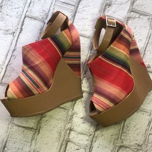 Diva Lounge Fabric Striped Wedge Heels Size 8